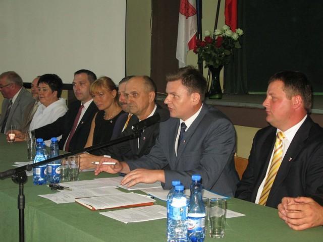 W Gąsawie radni tego dnia musli decydować między innymi o przyznaniu tytułu zasłużonego dla gminy.