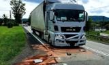 Czchów. Zderzenie dwóch samochodów ciężarowych, DK nr 75 w kierunku Nowego Sącza częściowo zablokowana