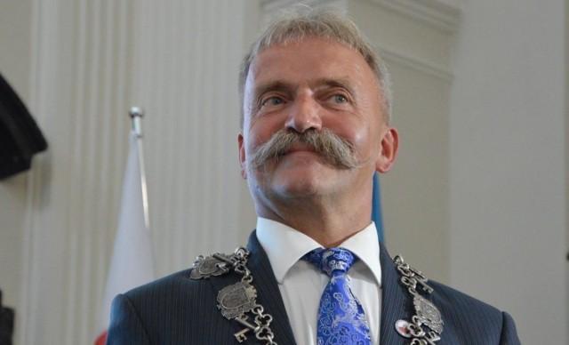 Burmistrz Łowicza zaproponował radnym podwyżkę opłat za śmieci
