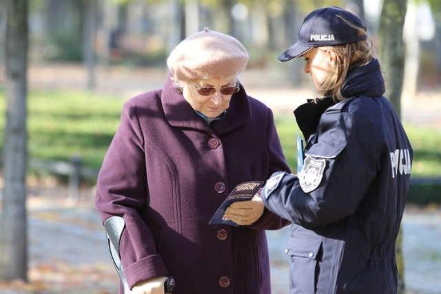 """Uwaga! Metoda """"na wnuczka"""" wciąż popularna wśród złodziei..."""