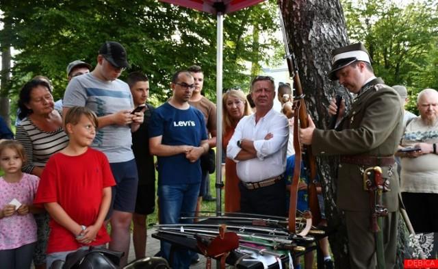 Podczas pierwszego Pikniku Kawaleryjskiego w Dębicy były atrakcje dla młodszych i starszych