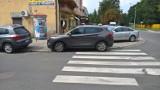 """Mistrzowie Parkowania. Kierowcy w Pleszewie cały czas zaskakują. Zobaczcie zdjęcia prawdziwych """"miszczów"""" [zdjęcia]"""