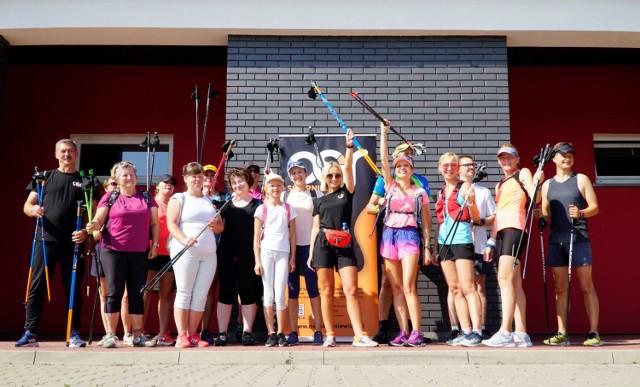 Kolejne zajęcia z Nordic Walking OSiR w Skierniewicach zorganizował na osiedlu Rawka