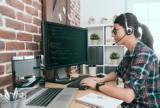 """Resort pracy proponuje: 24 dni na pracę zdalną """"na żądanie"""", ekwiwalent za home office, szersze uprawnienia m.in. dla rodziców"""