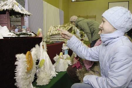 Ania Musiał podziwiała szopki i anioły.