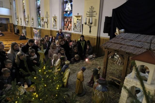 Ruchoma szopka w księży jezuitów w Bytomiu łączy boże narodzenie ze śląską tradycją. Oprócz świętej rodziny są w niej też górnicy
