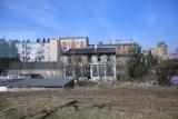 Jaki obraz Katowic maluje się z okien pociągu? Miasto ruin i wstydu... Familoki, graffitti, ruiny. Zobaczcie ZDJĘCIA