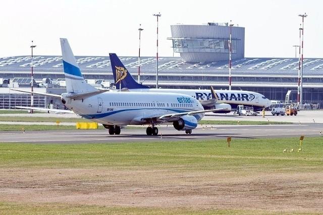 Lotnisko w Łodzi odprawia coraz mniej pasażerów