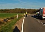 Motocyklista przewrócił się na drodze 211. Trafił do szpitala. Uważajcie na drogach. Bytowska kronika policyjna