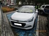 Świnoujście - postój za 500 zł. Niemiecki turysta zostawił auto na miejscu dla niepełnosprawnych