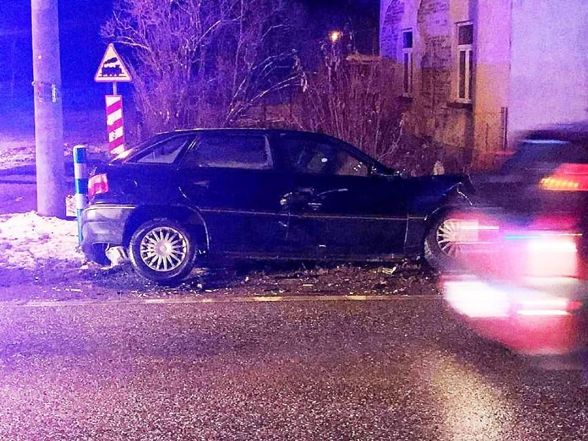 Barcice. Wypadek dwóch aut osobowych na głównej drodze w dolnie Popradu [ZDJECIA]