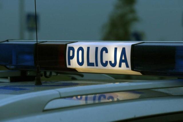 Wypadek w Kłodawie. Samochód potrącił 17-latkę