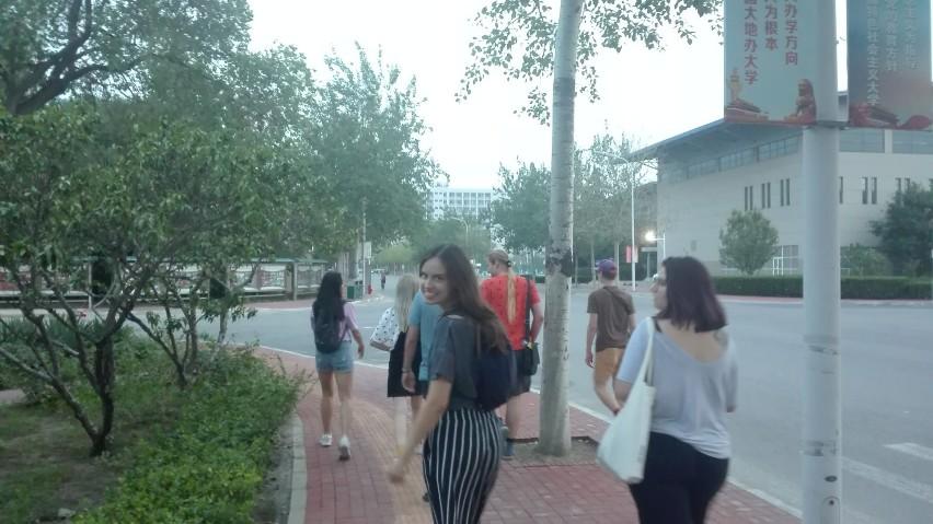 Trzciana. Adrian Mroczek szlifował język chiński na obozie wakacyjnym w Pekinie - zobacz dużo zdjęć