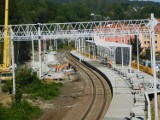 Zaawansowane prace na budowie przystanku kolejowego Wałbrzych Centrum ZDJĘCIA