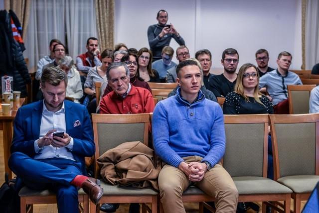 W dyskusji w siedzibie Obszaru Metropolitalnego Gdańsk-Gdynia-Sopot wzięło udział około 30 osób.