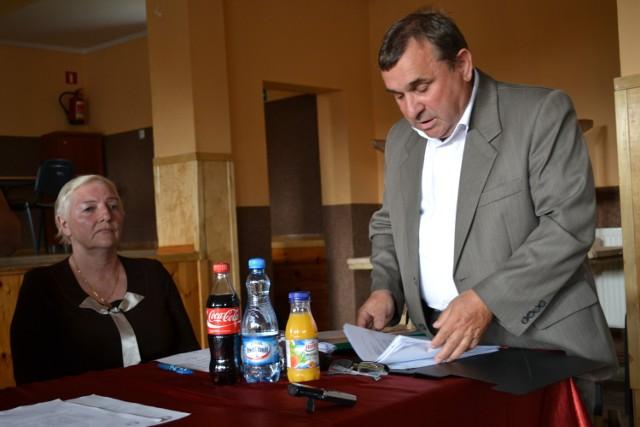 Zenon Ciszewski, szef rejonu GDDKiA w Człuchowie nie miał dla mieszkańców Brzezia informacji na temat modernizacji drogi w ich miejscowości