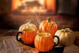"""Przepisy na Halloween. Sprawdź pomysły na hallowenowe potrawy, przekąski i słodkości! Zobacz zdjęcia """"strasznego"""" jedzenia 28.10"""