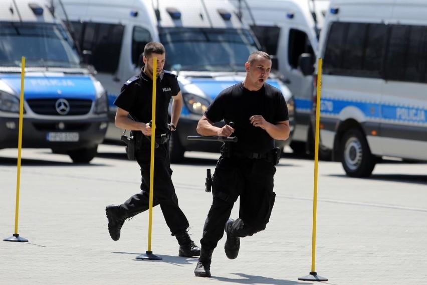 Testy sprawnościowe policji