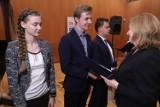 Stypendia Artystyczne i Naukowe Marszałka Województwa Łódzkiego w 2019 r. Uroczystość z udziałem nagrodzonych. Zobacz zdjęcia
