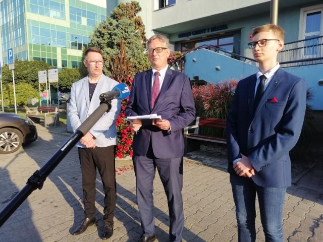 Na konferencji prasowej ogłoszono dzisiaj chęć przeprowadzenia referendum w sprawie odwołania burmistrza Goleniowa Roberta Krupowicza