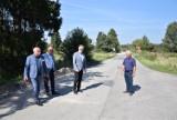 Starosta chełmski sprawdził stan dróg powiatowych w gminie Ruda-Huta. Zobacz zdjęcia
