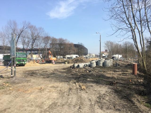 Budowa ronda przy stadionie Górnika idzie pełną parą