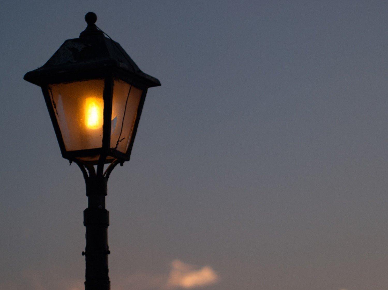 Lampy solarne oświetlą też teren rekreacyjny w Świecku