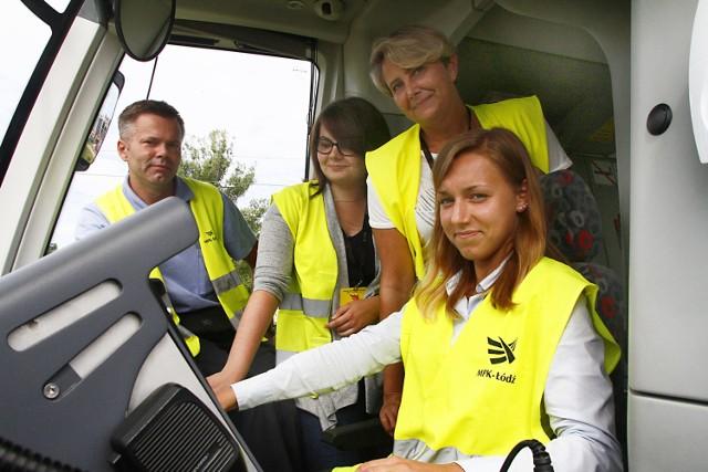 Kobiety coraz częściej wybierają pracę motorniczego. Kursantki mają już za sobą kilka tygodni jeżdżenia tramwajem po mieście.