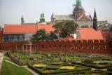 Wawelskie ogrody otwarte, a już w maju wystawy z biletem za złotówkę