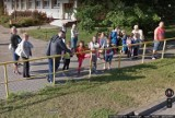Oto przyłapani przez kamery Google Street View mieszkańcy Rąbina w Inowrocławiu. Zobaczcie zdjęcia