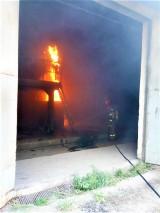 W Kłośniku płonął piec na terenie cegielni ZDJĘCIA