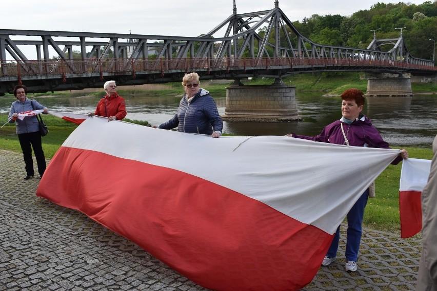 Majówka w Krośnie Odrzańskim i bicie rekordu długości...