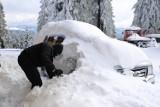 Śnieg w Beskidach. GOPR ostrzega - warunki na szlakach trudne! [ZDJĘCIA]