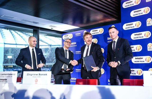 Nowym sponsorem Pucharu Polski został Totolotek. Podpisanie umowy ogłoszono na konferencji prasowej.