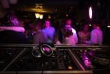Kluby w Poznaniu otwierają się mimo zakazu. Zapraszają na imprezy