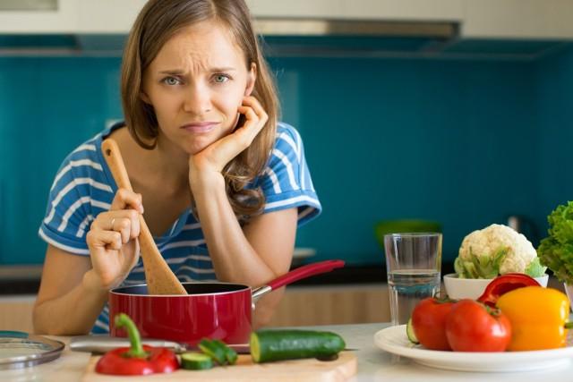 Oto najpopularniejsze błędy kulinarne! Kliknij w strzałkę i przejdź do galerii >>