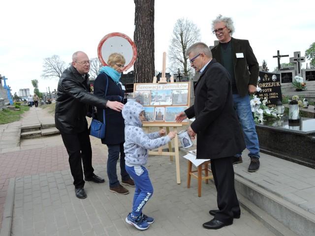Zbiórki na ratowanie zabytkowych cmentarzy zazwyczaj odbywają się w listopadzie. Ale w Bielsku także wiosną. Bowiem prawosławni wierni w pierwszą niedzielę po Wielkanocy odwiedzają groby bliskich
