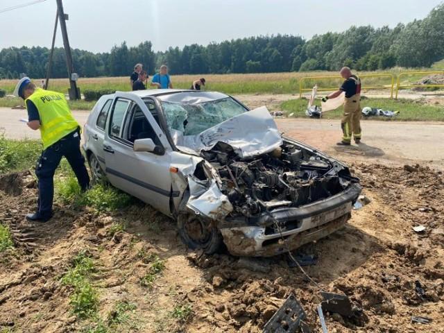 Poważnych obrażeń doznał kierowca samochodu osobowego, który 14 lipca w Świeciu przy ul. Sportowej zderzył się z ciężarówką