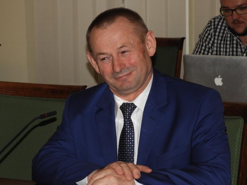 Starosta Stanisław Szczotka z absolutorium. Rozbudowa szpitala piętą Achillesową powiatu