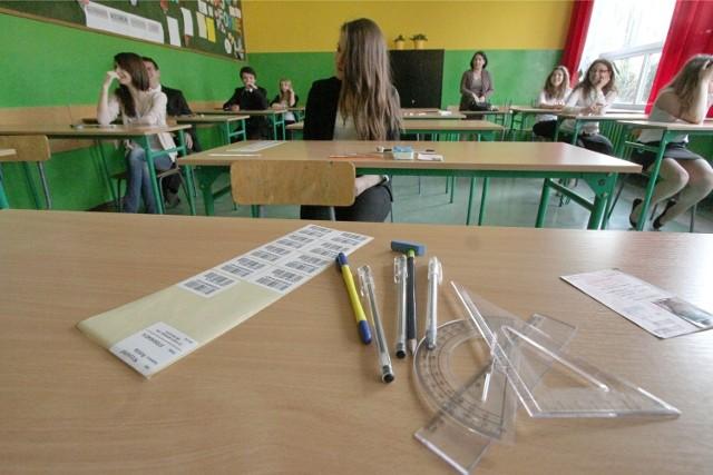 Wszystko o egzaminie gimnazjalnym w jednym miejscu - arkusze, odpowiedzi, zadania