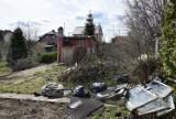 Droga i parking przy cmentarzu przy Spokojnej w Pruszczu będą szersze i bezpieczne. Ruszyły prace  ZDJĘCIA