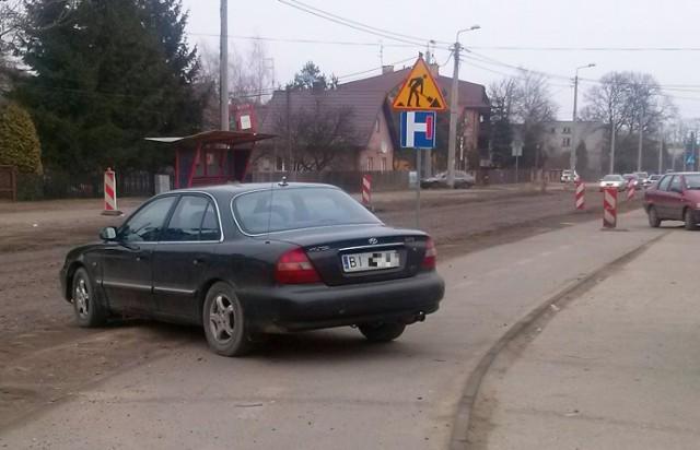 Zaparkować można nawet w taki sposób. Pokazał to kierowca hyundaia