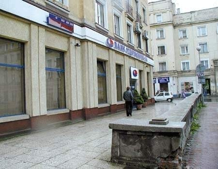 Kłopoty Banku Częstochowa nie skończyły się wraz z otwarciem kas po grudniowej panice.ZDJĘCIE: TOMASZ ZABOROWICZ