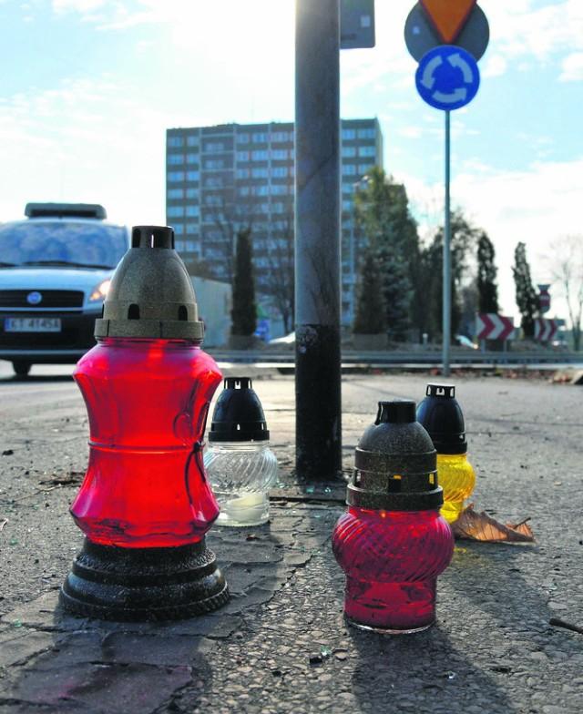 Do wypadku, w którym zginął tarnowski policjant, Dariusz K. doszło na rondzie u zbiegu ulic Starodąbrowskiej oraz Słonecznej
