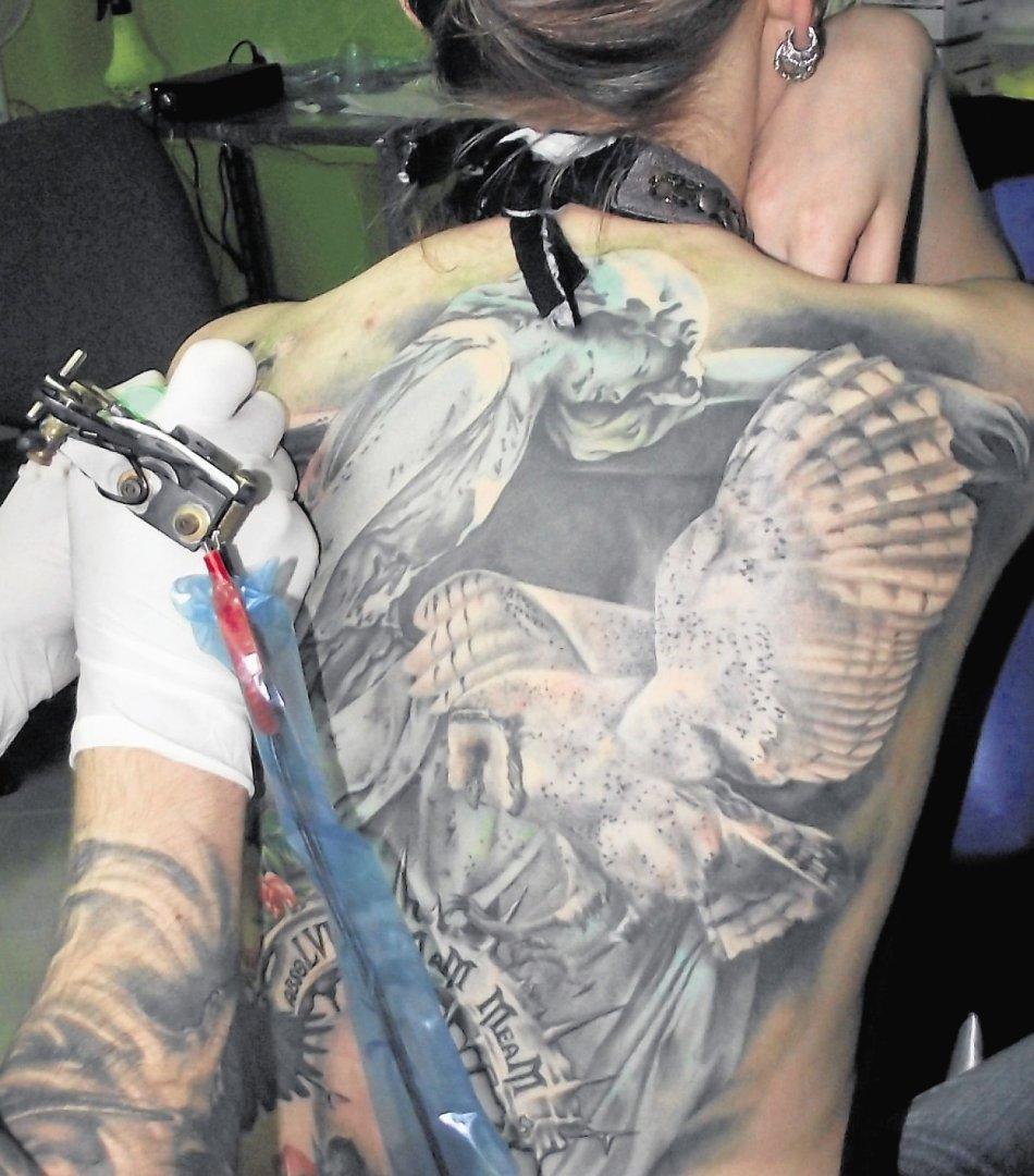 Serwis randkowy dla facetów z tatuażami