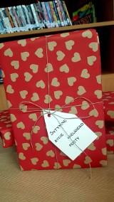 Walentynki 2021 w Zduńskiej Woli. Randka  z książką w bibliotece miejskiej w Zduńskiej Woli ZDJĘCIA