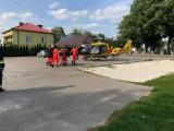 Wypadek motocyklisty. Po ciężko rannego mężczyznę przyleciał helikopter LPR.