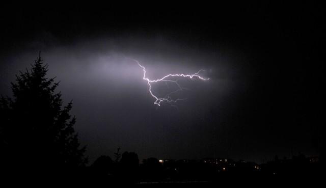 Gdzie jest burza? Mapa burzowa i Radar burzowy online. IMGW ostrzeżenia przed burzą