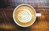 Czas na kawę pod chmurką. Zobacz TOP 10 najlepszych kawiarenek w Zakopanem