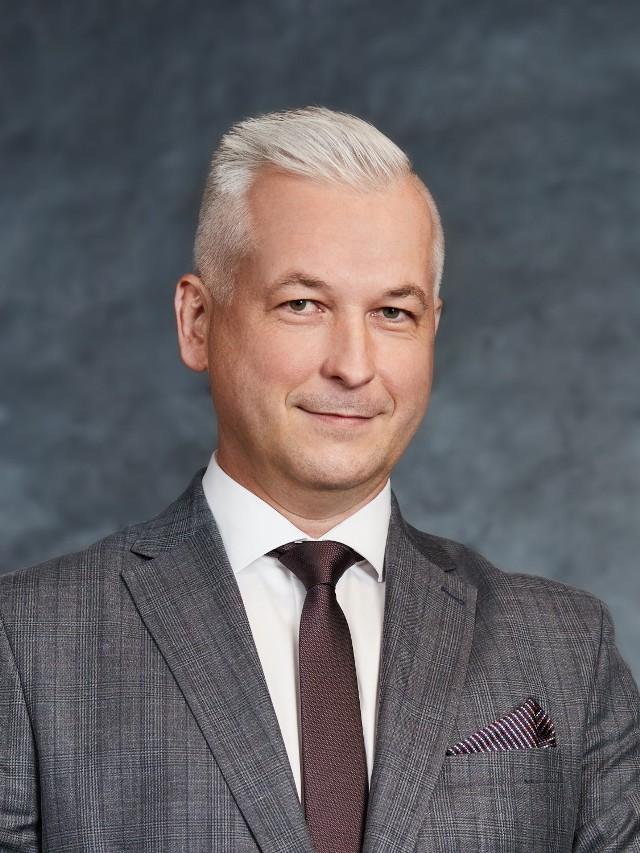 Na zdjęciu dziekan Okręgowej Izby Radców Prawnych w Rzeszowie  Bartosza Opalińskiego.